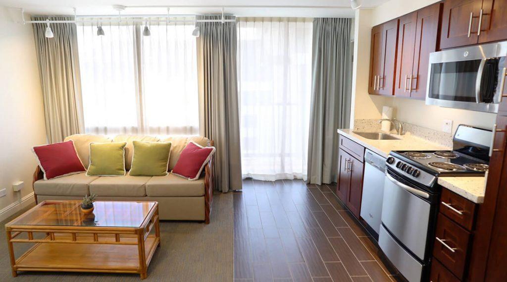 Deluxe Koa Suite